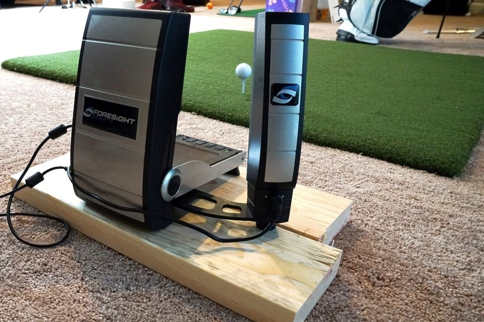 The computer system of a golf simulator for home