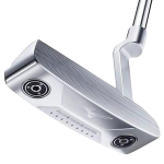 A Mizuno Craft 2 putter, one of the best blade putters of 2020