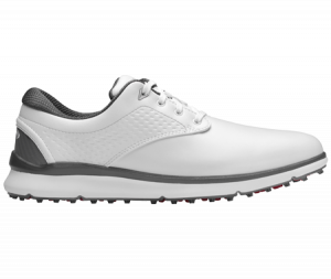 A Callaway Oceanside shoe, one of the best spikeless golf shoes of 2020