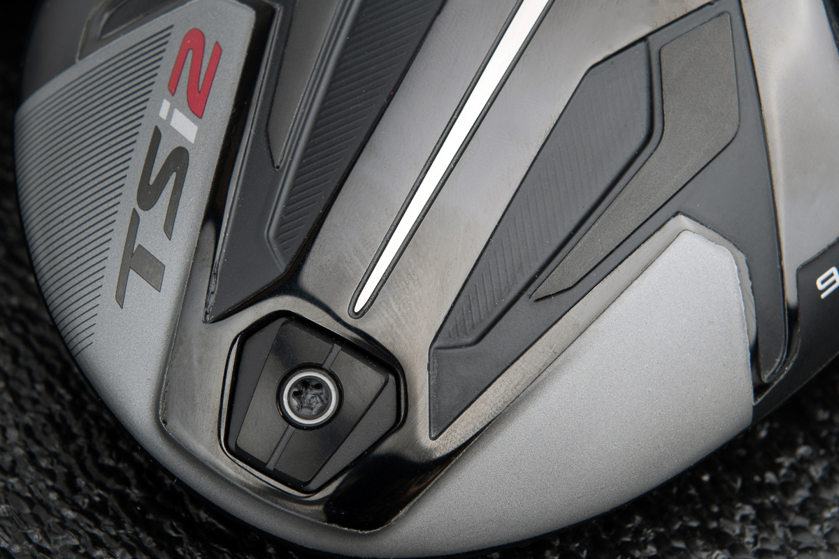 a photo of the surefit weight on the Titleist TSi2 driver