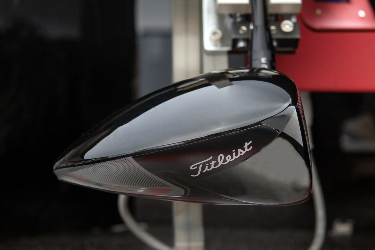 a side profile view of the Titleist TSi2 driver