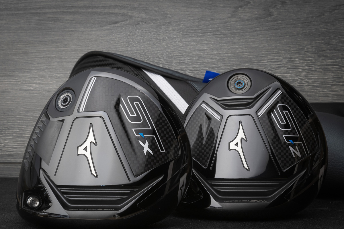 An image of the Mizuno ST-X and ST-Z drivers