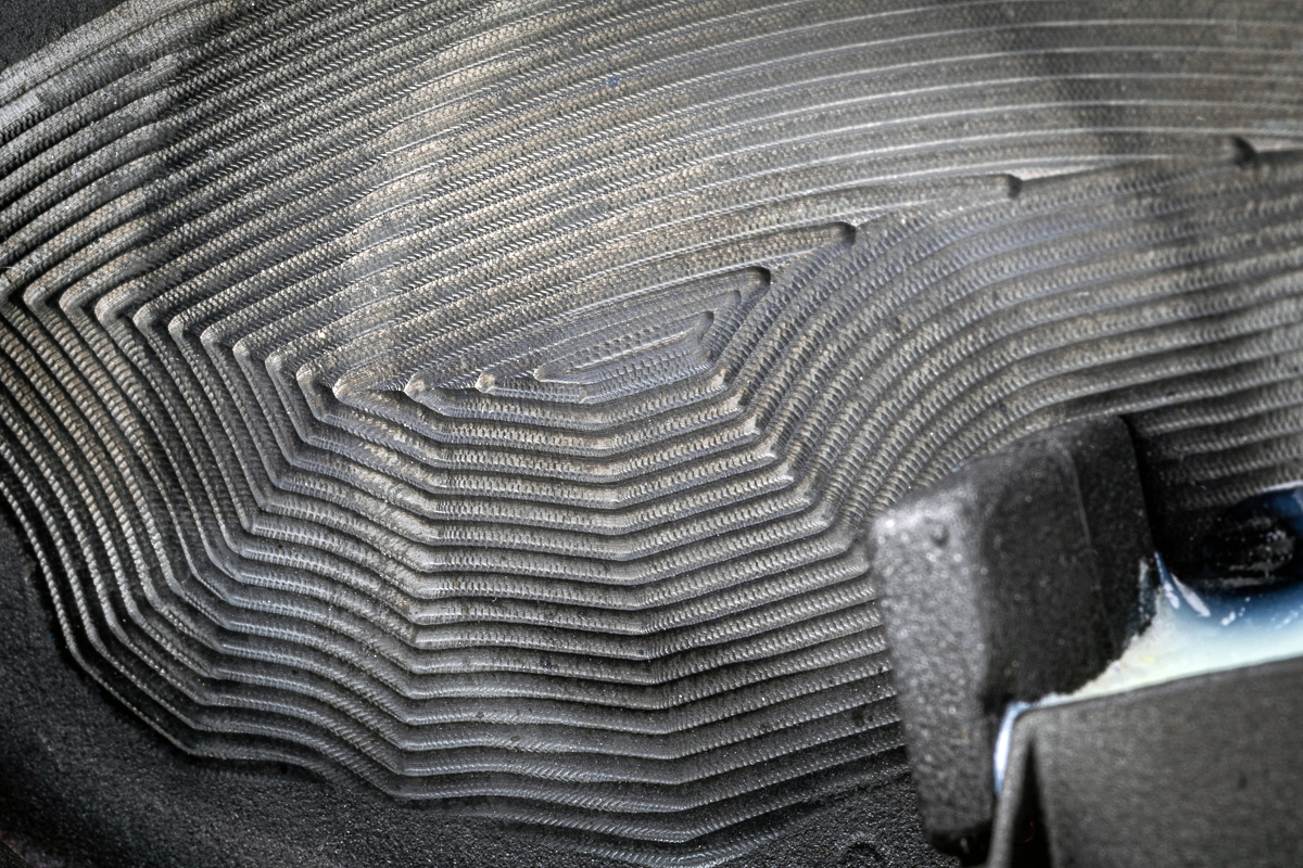 a closeup image of the internal face milling on the TaylorMade SIM2 driver