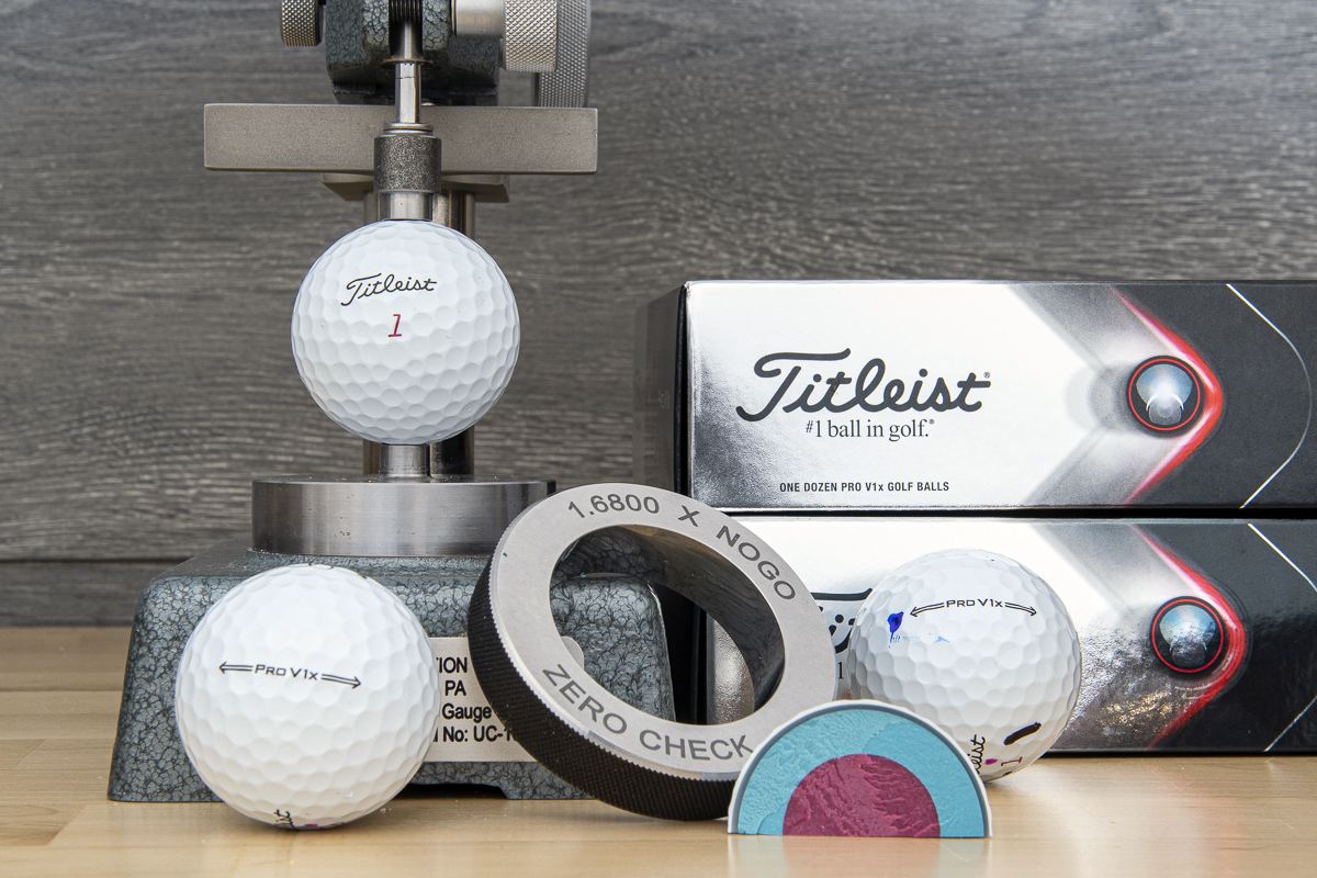 a photo of the 2021 Titleist Pro V1x