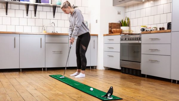 PuttOUT Releases Mats and Plane Alignments: Be the First To Try Them